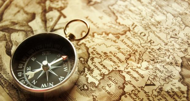 8589130406024-old-compasses-map-wallpaper-hd