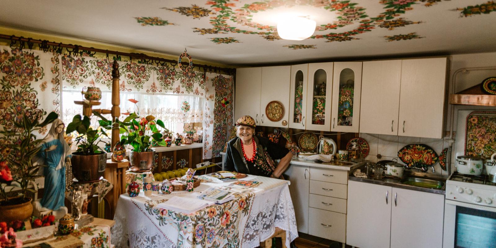 Pani Danuta, jedna z barwniejszych mieszkanek Zalipia
