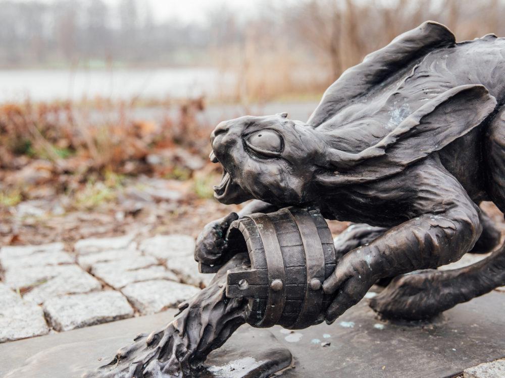 Rzeźby są bardzo dopracowane i mają unikalny, wręcz baśniowy styl