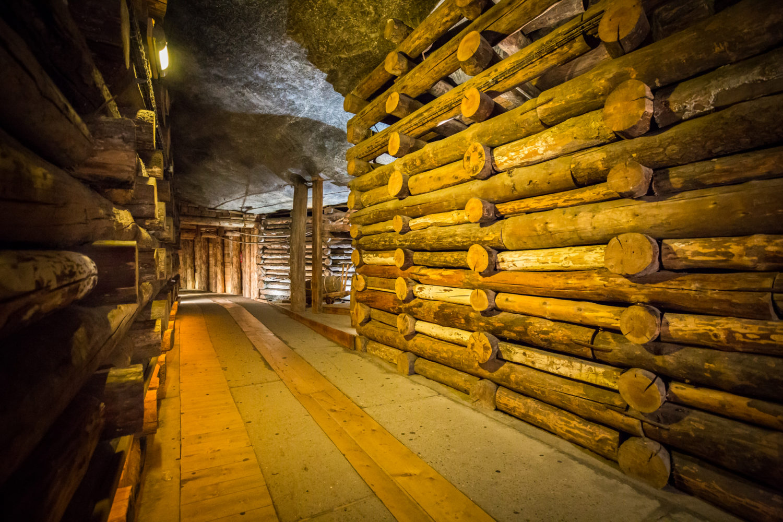 Chodniki w kopalni mają w sumie ponad 250 km. Dla turystów udostępniono kilkanaście kilometrów.